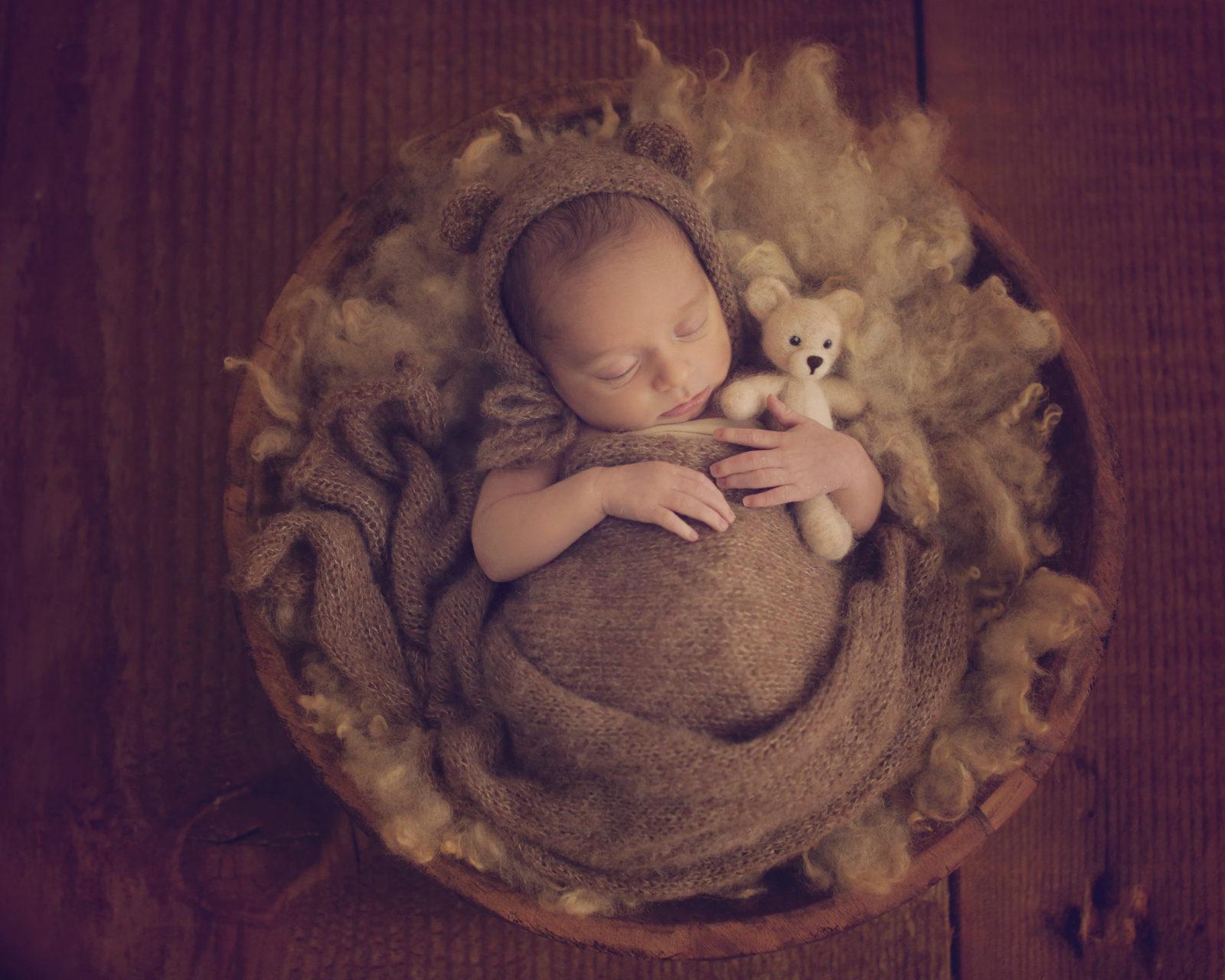 Newborn baby photography Ireland